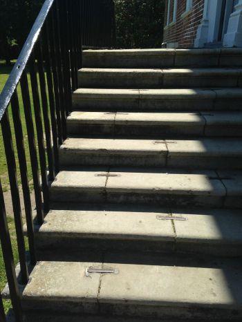 Iron cramps of Drayton Hall